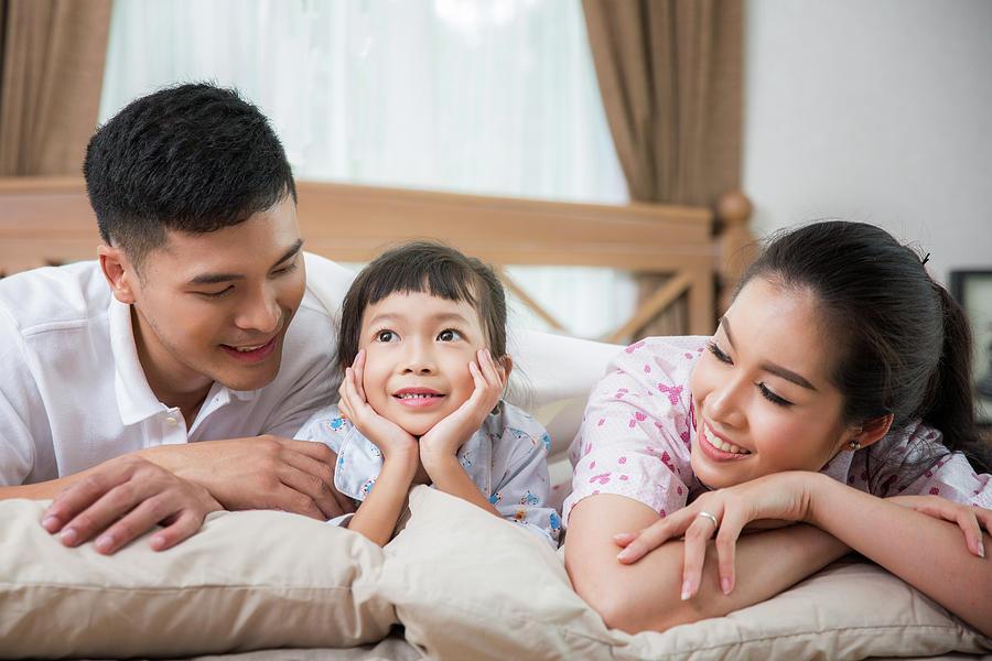 Cara Mengasuh Anak yang Keliru di Asia